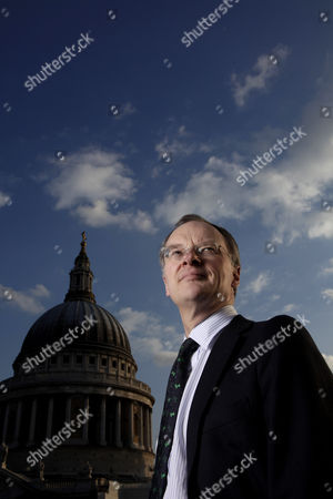 Stock Image of Robert Hingley