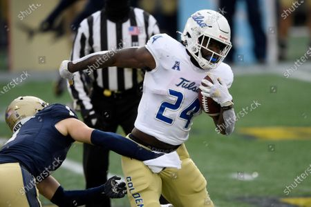 Tulsa running back Corey Taylor II (24) runs with the ball during the first half of an NCAA college football game against Navy, in Annapolis, Md
