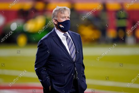 Denver Broncos general manager John Elway watches during warmups before an NFL football game against the Kansas City Chiefs in Kansas City, Mo