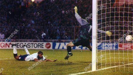 England Footballer Carlton Palmer Scoring During The 6-0 Home Rout Over San Marino