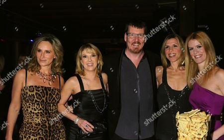 L-R: Sonja Morgan, Ramona Singer, Simon van Kempen, Jennifer Gilbert, Alex McCord