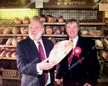 Frank Dobson Candidate For Mayor Of London And Robert Atkinson Labour Candidate For Kensington And Chelsea Tour The Kings Road. The Pair Are Pictured At J Forrest Bakers