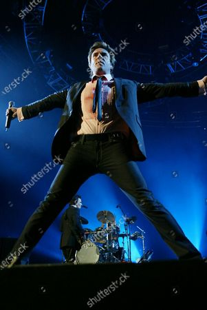 Simon LeBon of Duran Duran performs at the Allstate Arena in Rosemont IL.