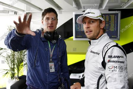 Silverstone, Northamptonshire, England 20th June 2009 Jenson Button, Brawn GP BGP001 Mercedes with TV and Radio presenter Vernon Kaye in the Brawn GP hospitality area. World Copyright: Charles Coates/LAT Photographic