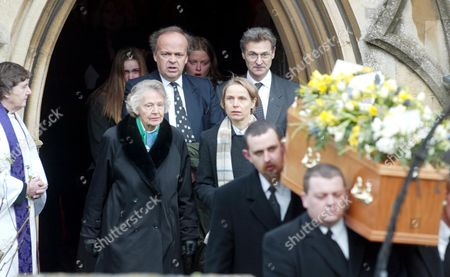 The Funeral Of Lord Roy Jenkins At St. Augustines Church East Hendred Oxon. Dame Jennifer Jenkins With Her Children (l-r) Edward Cynthia And Charles After The Funeral Of Her Husband Lord Roy Jenkins.