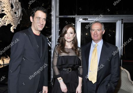 Clive Owen, Julianne Moore, and Francesco Trapani