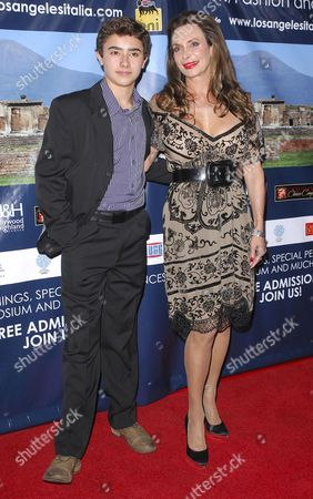 Lesley Vogel and Jansen Panettiere