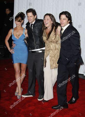 Jennifer Love Hewitt, Jamie Kennedy, Camryn Manheim and David Conrad