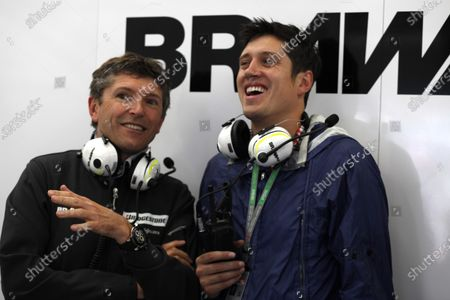 Silverstone, Northamptonshire, England 20th June 2009 Nick Fry, CEO, Brawn GP with Radio and TV Presenter Vernon Kaye in the garage. Portrait. World Copyright: Steven Tee/LAT Photographic