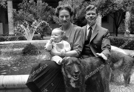 Stock Photo of PRINCE JONATHAN DORIA PAMPHILJ AS A BABY WITH HIS PARENTS, PRINCESS ORIETTA POGSON DORIA PAMPHILJ AND HIS ENGLISH FATHER