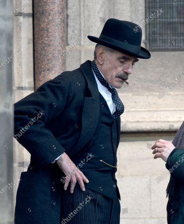 Jeremy Irons plays Neville Chamberlain in Netflix's Munich