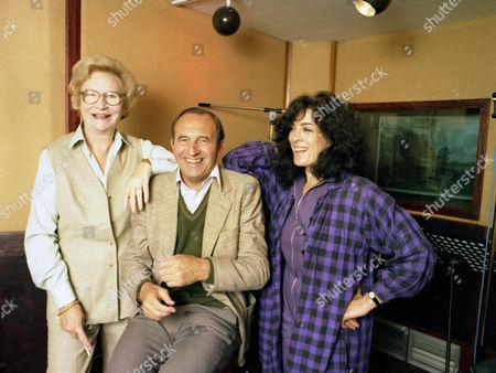 Leonard Rossiter, Joan Sanderson and Eleanor Bron.