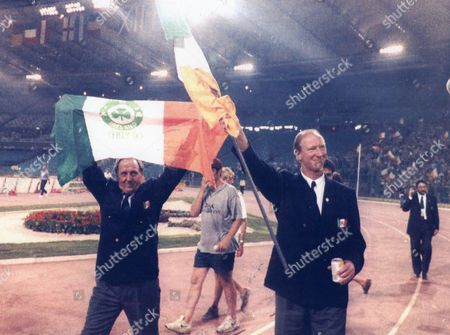 Football World Cup. Italy V Ireland Jack Charlton With Maurice Setters In Rome.