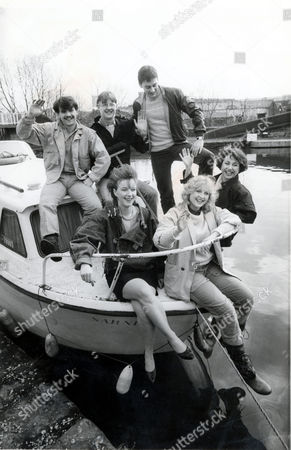 Television Programme Coronation Street Picture Shows Curley Watt Manages To Borrow A Boat From A Friend Of A Friend Pictured From Top Left To Right Michael Le Vell As Kevin Webster Kevin Kennedy As Curly Watts And Nigel Pivaro As Terry Duckworth. Bottom Left To Right Janette Beverley Who Is Elanie Pollard Rachel Ambler Who Is Gill Collins And Corypulman Who Is Madine Whitworth