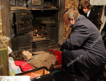 Bobby Sheridan (Christopher Coghill), Dr Ormerod (Robert Daws) and  Hester Hindmarch (Rosemary Leach)