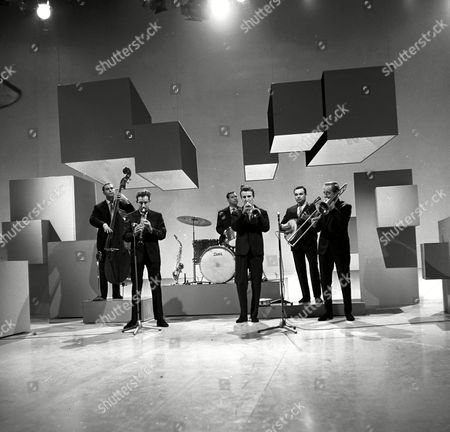 Bernard Delfont Presents: The Morecambe and Wise Show. Chris Barber's Jazz Band - Dick Smith, Ian Wheeler, Graham Burbidge, Pat Halcox, Eddie Smith and Chris Barber