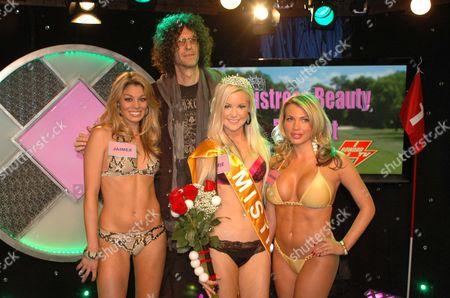 Stock Image of Howard Stern and 'Tiger Woods Mistress Beauty Pageant' contestants Jaimee Grubbs, Jamie Jungers, and Loredana 'Jolie' Ferriolo in Howard's SIRIUS XM studio