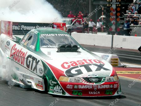 2000 Route 66 NHRA, Chicago, IL, USA. 4 June 2000 John Force wins Funny Carl copyright 2000, Auto Imagery Inc, USA LAT PHOTOGRAPHIC
