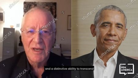 Former President Barack Obama and Ron Chernow who presented him the award.