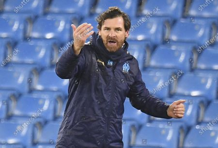 Olympique Marseille's manager Andre Villas Boas gestures during the UEFA Champions League group C soccer match between Manchester City and Olympique Marseille in Manchester, Britain, 09 December 2020.