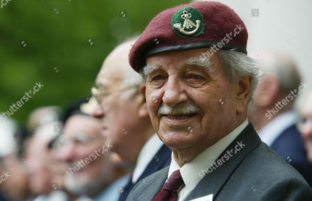 Dennis Edwards Author Of The Devils Own Luck And World War Ii D-day Veteran Who Was In The First Glider To Land At Pegasus Bridge. Pictured At The Imperial War Museum For 60th Anniversdary Re-union.