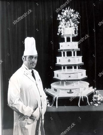 Cook And Chief Petty Officer David Avery In Charge Of Baking Design And Decorating Of The Royal Wedding Cake