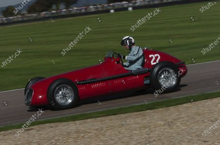2004 Goodwood Revival Meeting Goodwood, England. 3rd - 5th September 2004. Goodwood Trophy for GP, F2 and F Libre 1948 - 1954. Willie Green (Maserati 4CLT), action. World Copyright: Jeff Bloxham/LAT Photographic