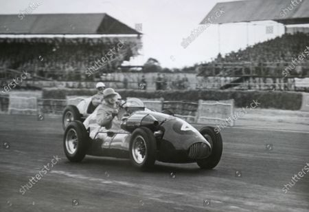 Stock Photo of 1952 British Grand Prix. Silverstone, Great Britain. 19 July 1952. Kenneth Downing (Connaught A-type-Lea-Francis). World Copyright - LAT Photographic