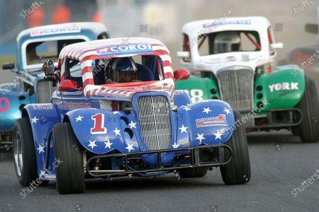 Jon Higgins. Legends Race. Donington, 7th September 2003. World Copyright Jakob Ebrey/LAT Photographic