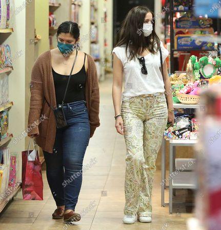 Stock Photo of Ana de Armas Xmas shopping at the Promenade Street in Santa Monica