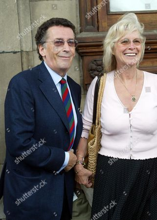 Robert Powell And Wife Barbara (babs Powell) Arrive For Sir John Mills' Memorial Service At St Martin-in-the-fields London.