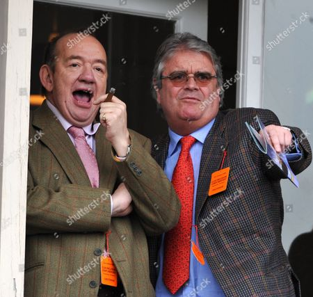 Mel Smith Enjoys A Cigar While Watching The Racing At The Cheltenham Festival 11.03.09 Cheltenham Festival Day Two. Comedian