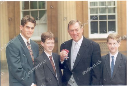 David Broome - 1995 David Broome Pictured At Buckingham Palace With His Sons From Left To Right James Mathew And Richard After Receiving His Cbe From Prince Charles. ...show Jumping-equestrian