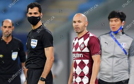 Vissel Kobe player Andres Iniesta comes onto the pitch in extra time during the AFC Champions League quarter final match between Vissel Kobe and Suwon Samsung Bluewings at the Al Janoub Stadium in Al Wakrah, Qatar, 10 December 2020.