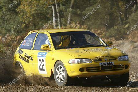 Stuart Jones/Richard Edwards Tempest Rally 2003.  World Copyright - Jakob Ebrey/LAT Photographic