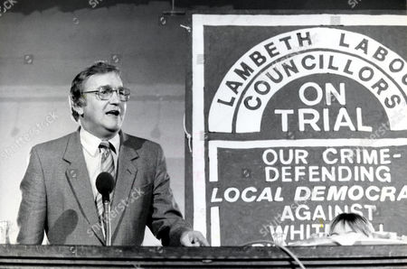 Ted Knight Leader Of Lambeth Council Addressing A Ratecapping Meeting At Lambeth Town Hall. (edward Knight)