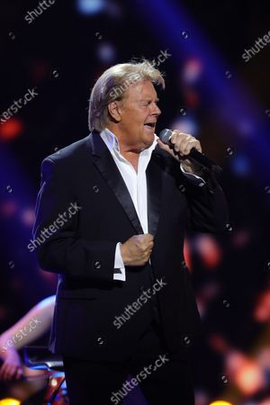 Stock Picture of Howard Carpendale performs during the 26th Annual Jose Carreras Gala in Leipzig, Germany, 10 December 2020. The Jose Carreras Gala is held annually with the participation of international stars from the entertainment industry to raise funds to fight leukemia and other blood or bone marrow diseases.