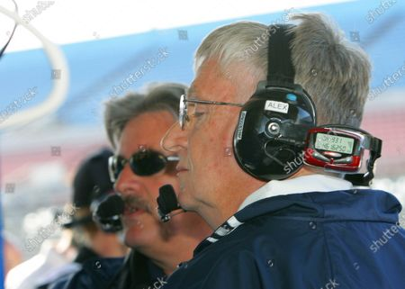 26-29 January 2006, Rolex 24 @  Daytona International Speedway, Daytona Beach, Florida, USA Alex Job and Jim Bell watching their monitors as Lucas Luhr roars around the track to take pole in the Porsche Crawford. C: 2006, Denis L. Tanney, USA LAT Photographic