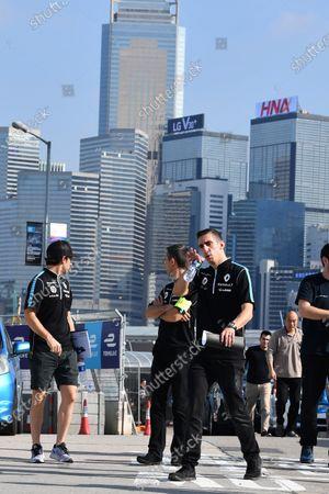 2017/2018 FIA Formula E Championship. Riound 1 - Hong Kong, China. Saturday 1 December 2018. Nicolas Prost (FRA), Renault e.Dams, Renault Z.E 17, and Sebastien Buemi (SUI), Renault e.Dams, Renault Z.E 17 Photo: Mark Sutton/LAT/Formula E