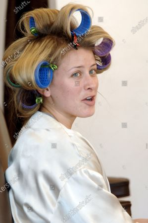 Lo Bosworth of The Hills minus makeup gets her hair done at the Warren Tricomi salon along Melrose Avenue in West Hollywood, Ca