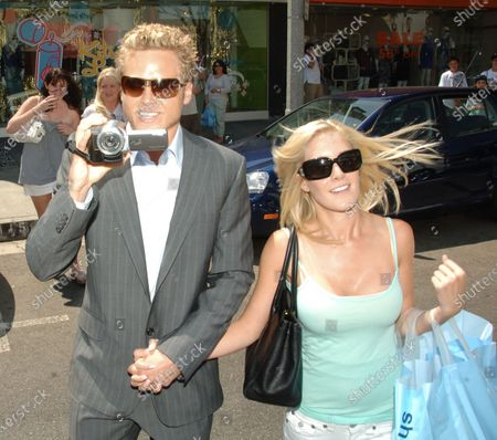 Spencer Pratt and fiancee Heidi Montag of the television series The Hills go shopping at Kitson along Robertson Boulevard in Beverly Hills, Ca the popular couple were having fun as Spencer decided to vidoe tape that paparazzis that were taking thier photo