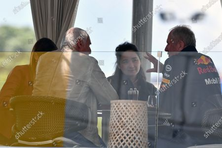 Dr Helmut Marko (AUT) Red Bull Motorsport Consultant and Dietrich Mateschitz (AUT) CEO and Founder of Red Bull