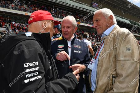 Dr Helmut Marko (AUT) Red Bull Motorsport Consultant, Dietrich Mateschitz (AUT) CEO and Founder of Red Bull and Niki Lauda (AUT) Mercedes AMG F1 Non-Executive Chairman on the grid