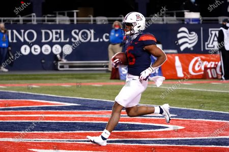 Arizona running back Michael Wiley (6) in the first half during an NCAA college football game against Arizona State, in Tucson, Ariz