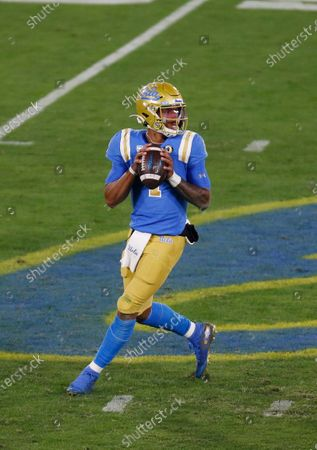 UCLA Bruins quarterback Dorian Thompson-Robinson (1) drops back to pass during the NCAA football game between the USC Trojans and the UCLA Bruins at the Rose Bowl in Pasadena, California. Mandatory Photo Credit : Charles Baus/CSM