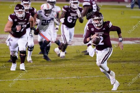 Mississippi State quarterback Will Rogers (2) scrambles for a first down against Auburn during the second half of an NCAA college football game, in Starkville, Miss