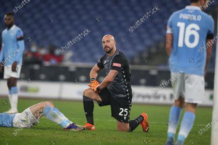 Pepe Reina (Lazio) in action
