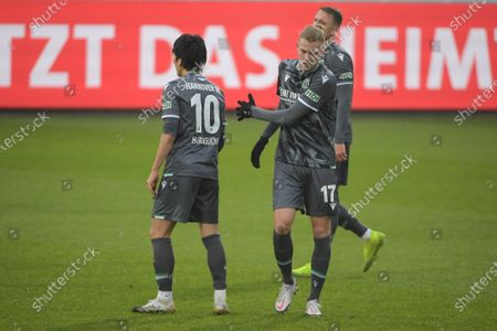 Frust bei Genki Haraguchi (Hannover 96 #10) and Marvin Ducksch (Hannover 96 #17)