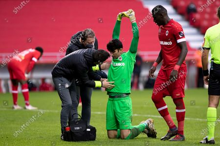 Antwerp's goalkeeper Alireza Beiranvand receives medical treatment during a soccer match between Royal Antwerp FC and Club Brugge, Sunday 13 December 2020 in Antwerp, on day 16 of the 'Jupiler Pro League' first division of the Belgian championship.