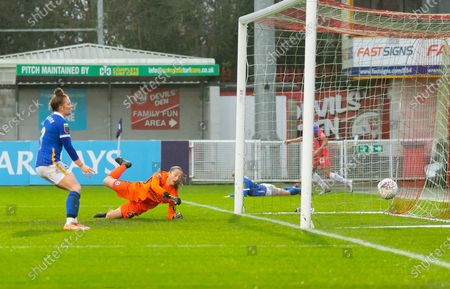 Samantha Kerr scores goal for Chelsea *** during the FA Women's Super League match between Brighton and Hove Albion Women and Chelsea at The People's Pension Stadium, Crawley